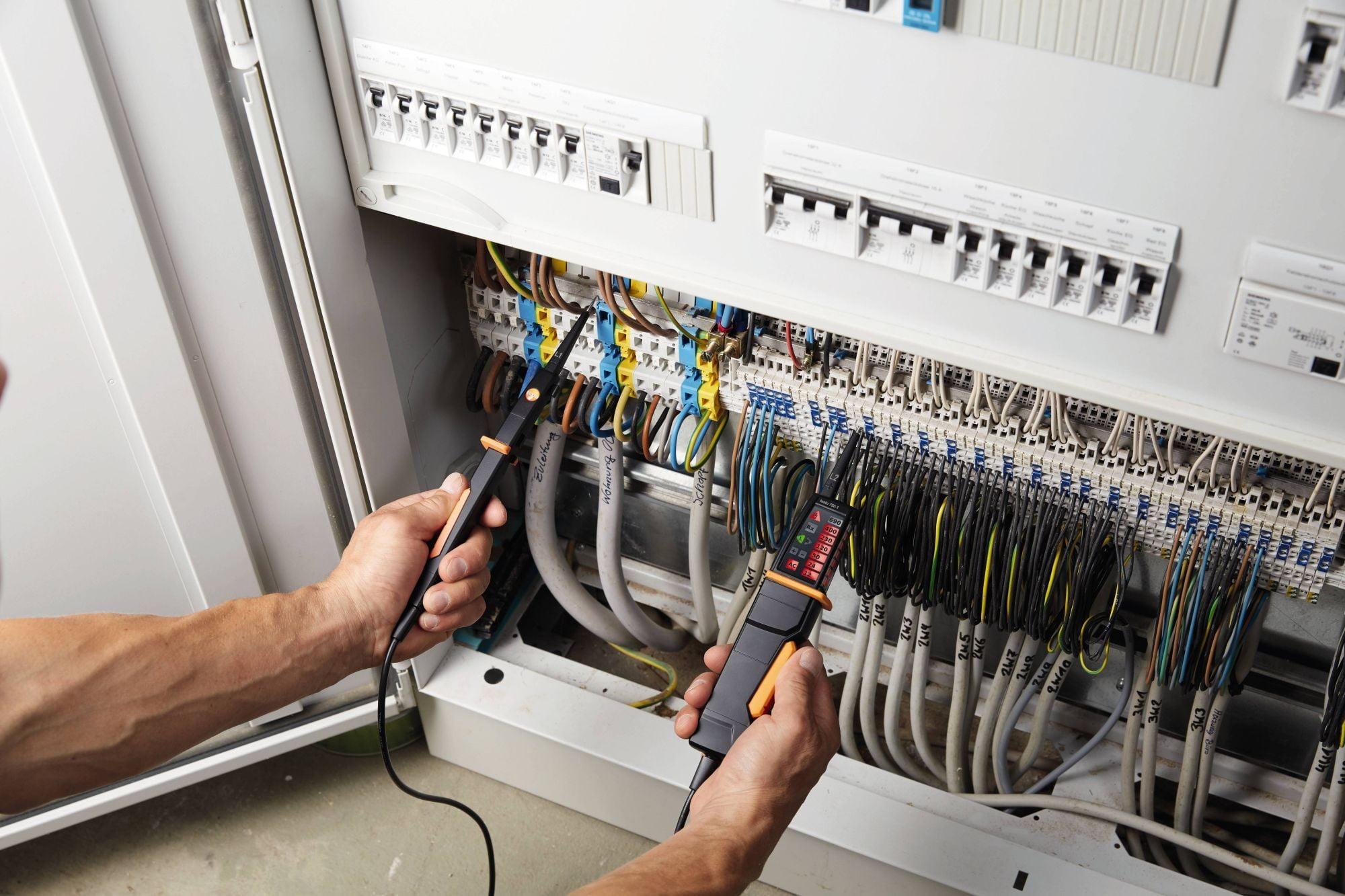 Testo 750-1-Voltage Tester