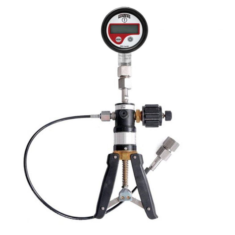 Ace AI-2200 Hand Operated Vacuum And Pressure Pump Calibrator