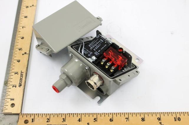 Danfoss KPS 33 and 37 Pressure Switch